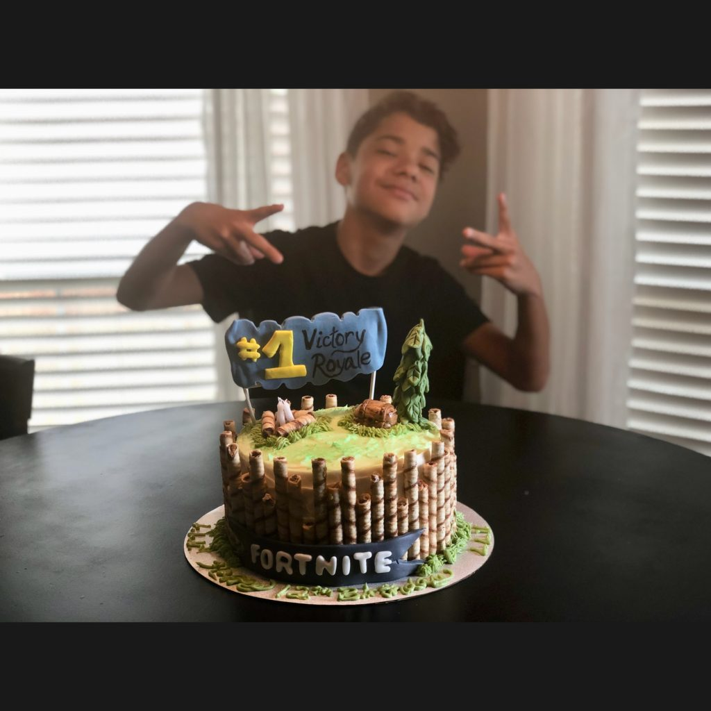Fortnite Cake and Buttercream Frosting Recipe – Laverne ...